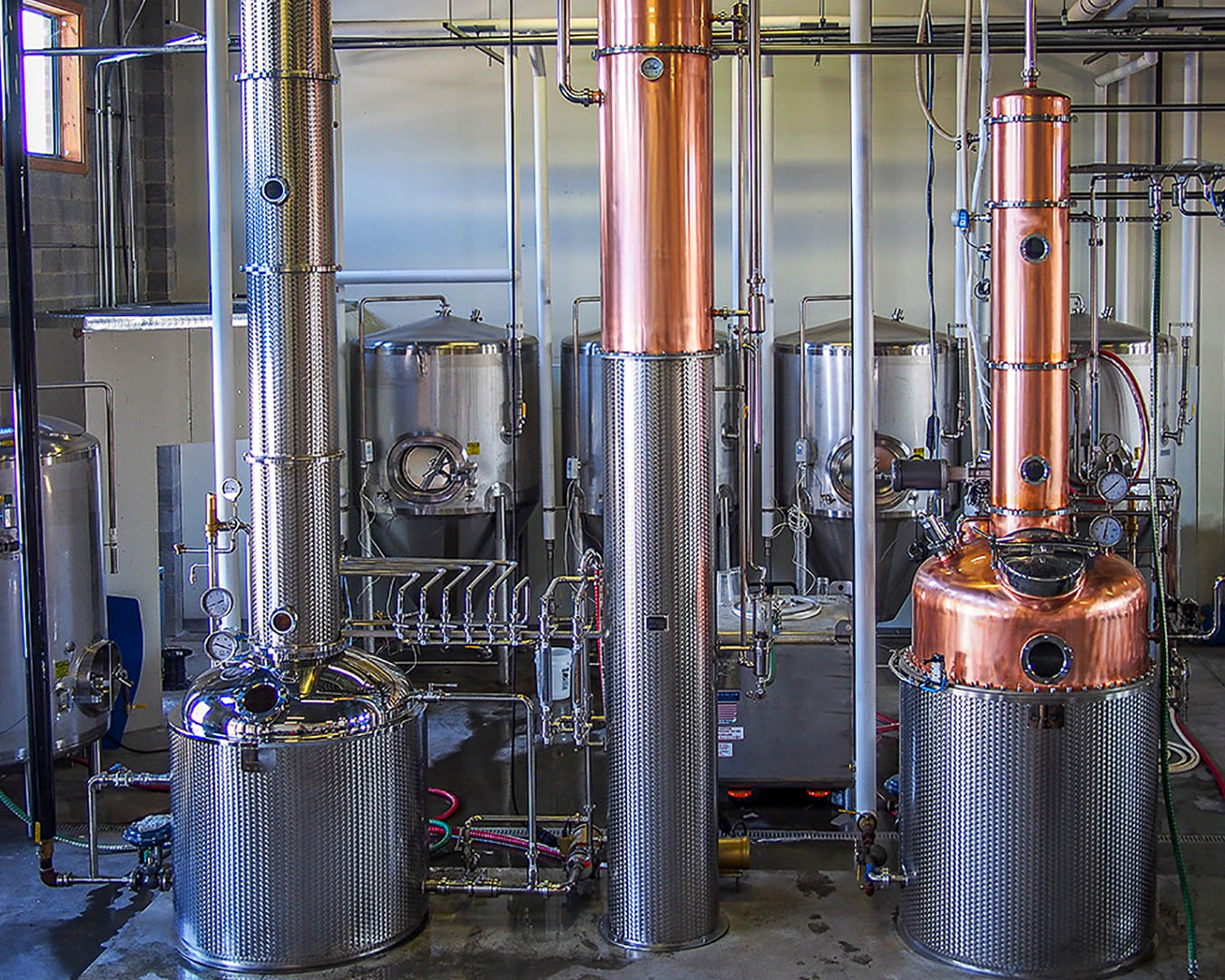 Product picture of Distillation plant