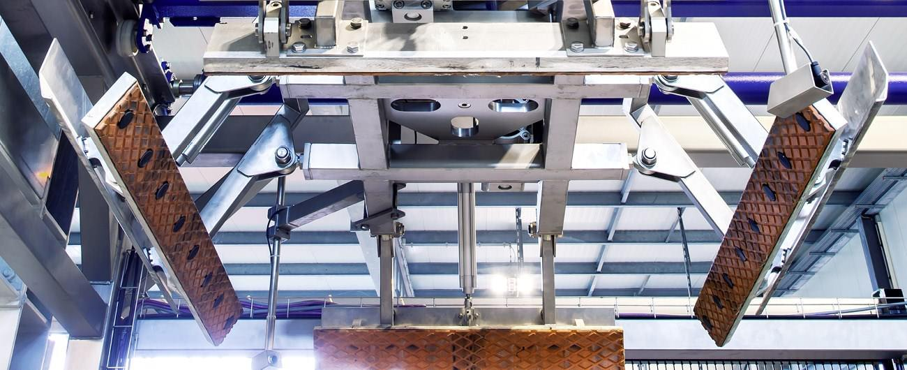 Product picture of BMS new glass sweep-off depalletiser UNIPAL 202