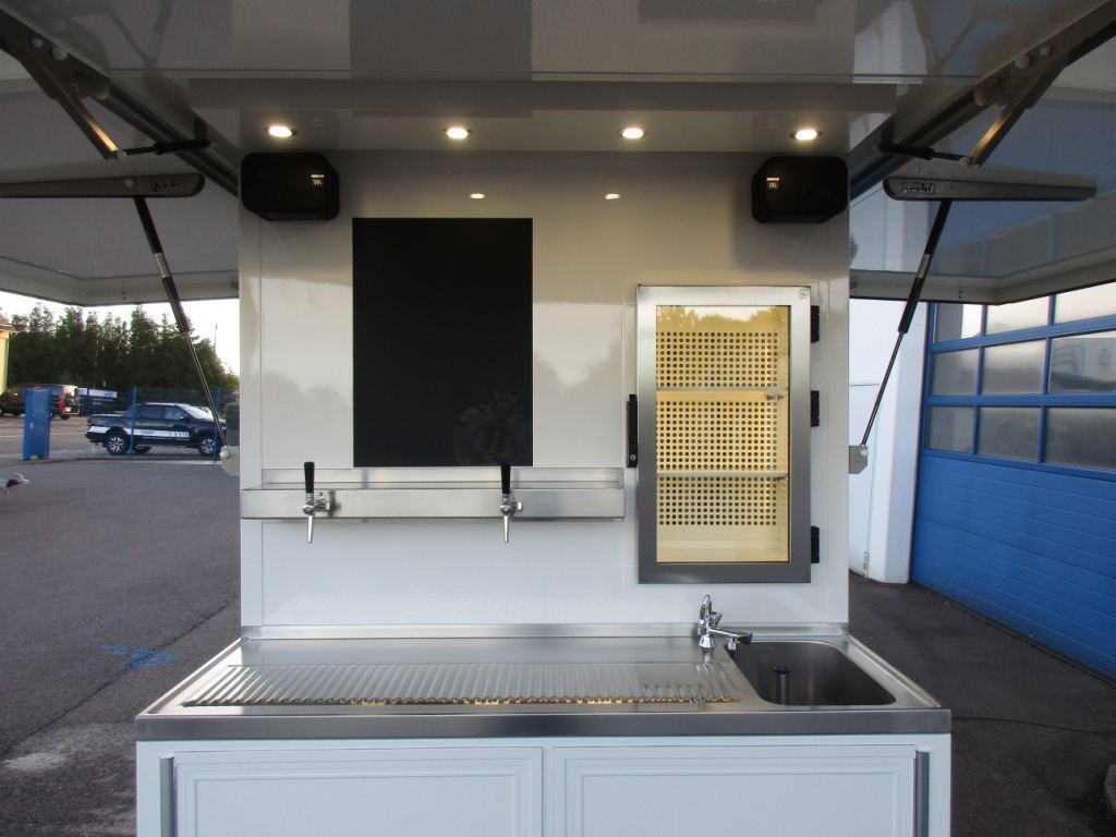 Product picture of  PEKI Party Trailer